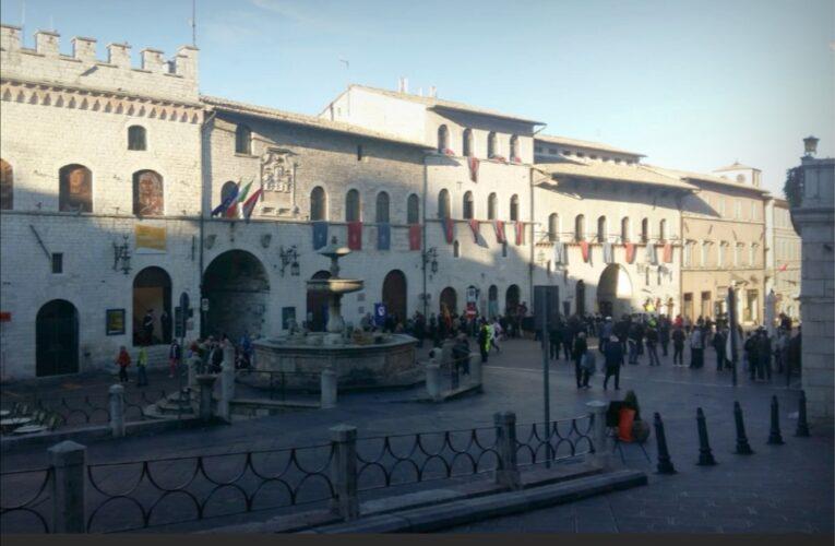 Assisi, municipale insegue e ferma donna