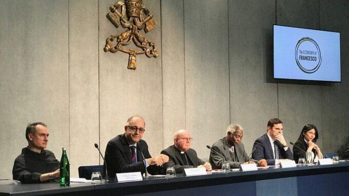 Il Papa ad Assisi nel marzo 2020 con i giovani economisti e imprenditori
