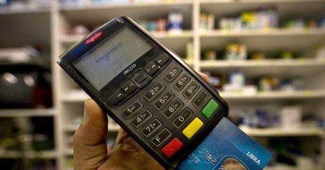 Detrazioni nel 730, è allarme dei Caf: «Rimborsi a rischio con i pagamenti tracciabili»